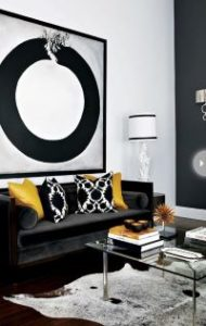 black-and-white-decor-with-yellow-cushions-accesories