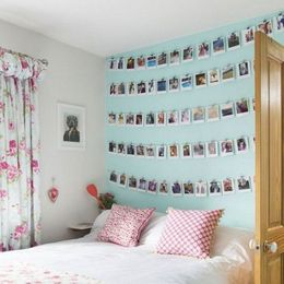 memories-hanging-on-wall-decor-ideas-for-bedroom