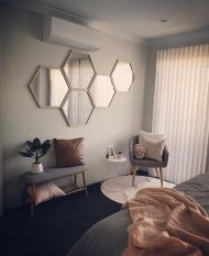 geometrical shaped wall mirror set