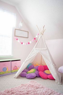 kids room decor ideas white and pink palette