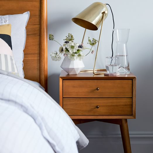 side table or nightstand decor ideas
